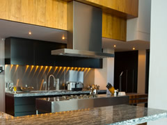 Featured Modern Kitchens