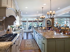 Featured Traditional Kitchens