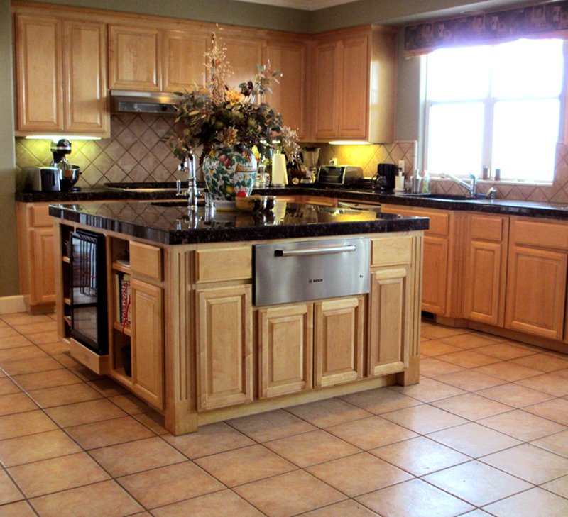 Hardwood floors in kitchen flooring ideas home for Kitchen flooring