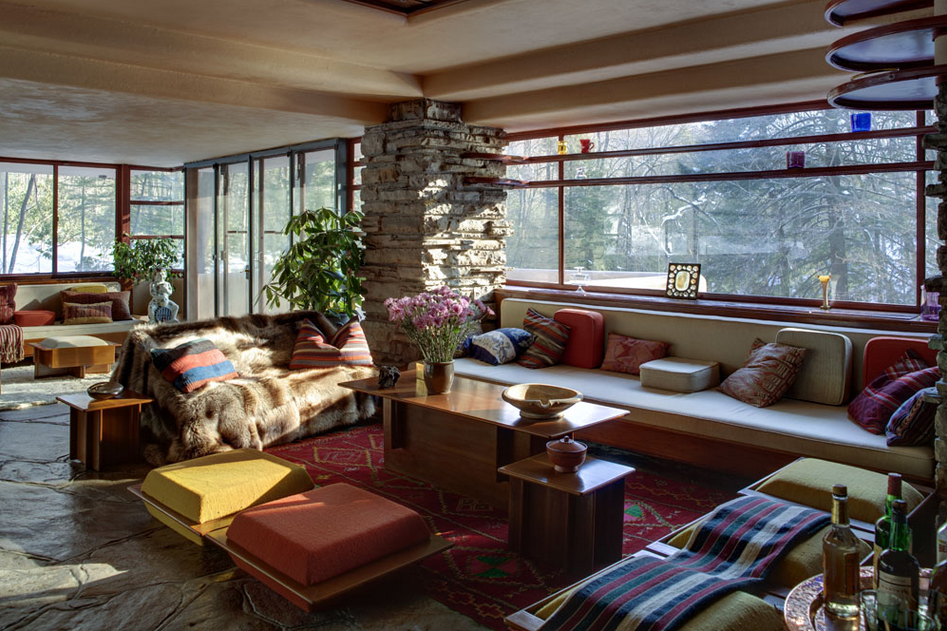 Photo of a Frank Lloyd Wright home