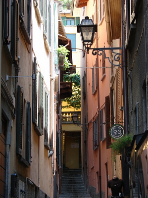 Bellagio alleyway